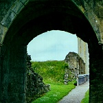Hemlsley Castle: Entrance of the Southern Barbican in the Outer Bailey of Helmsley Castle.